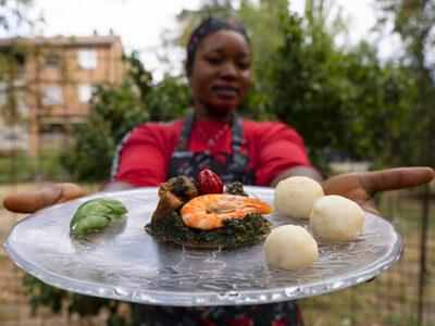 Vegetable soup with Fùfù